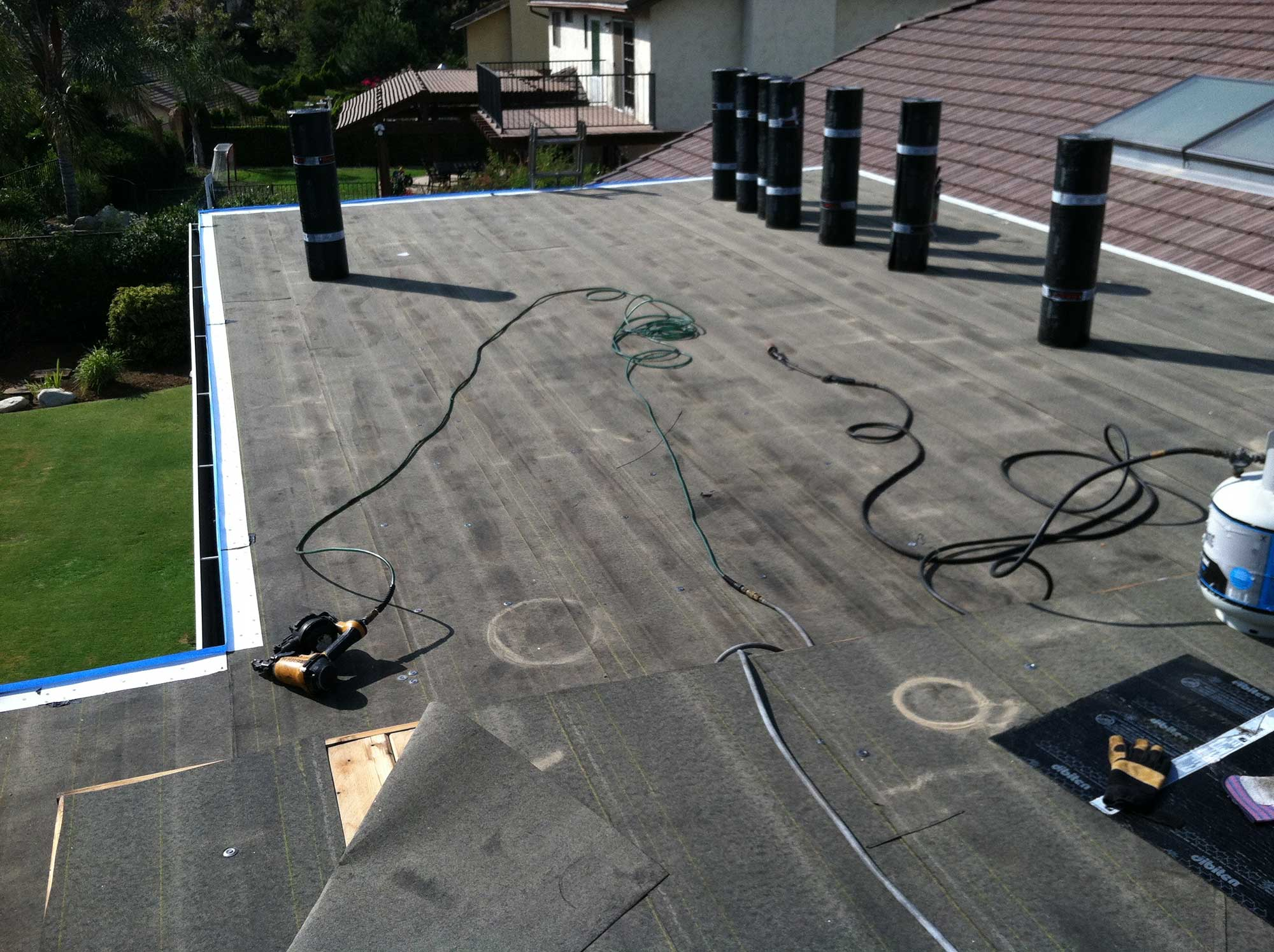 Yorba-Linda-HotAsphalt-Roof-Flat-Roofing